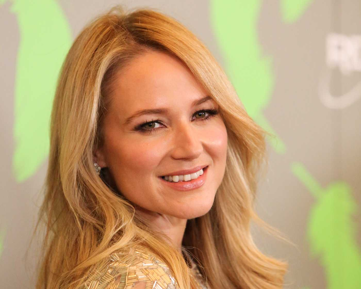 The Power of One: Jewel Joins The Fight with Cancer part 2